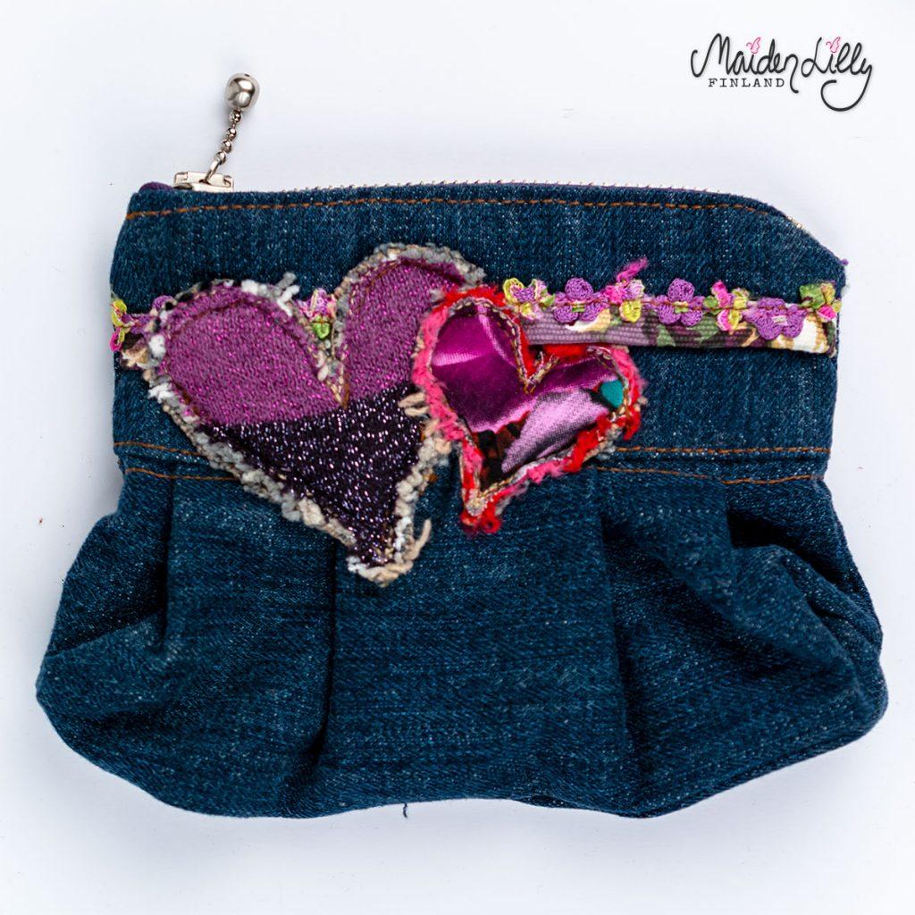 Vetoketjupussukka Lilly's Clutch Hearts